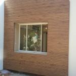 עבודה משולבת חיפוי מבנה, בניית דק לבריכה ופרגולה