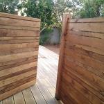 בניית גדרות ושערים מעץ